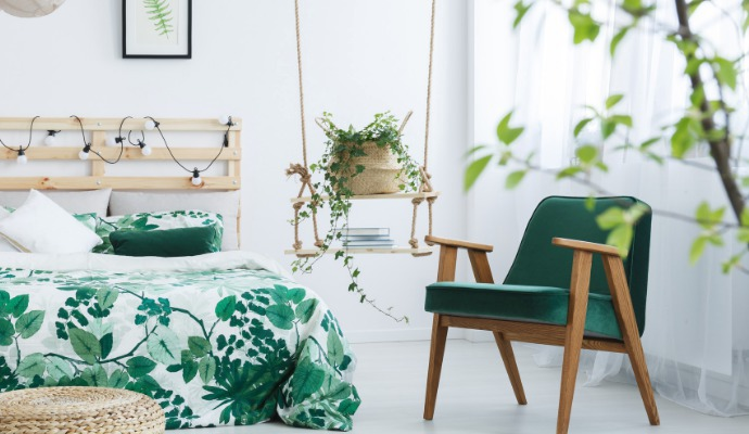 Nezapomeňte si rostliny pořídit i do pokoje, kde spíte. Některé květiny čistí a zvlhčují vzduch, takže se vám bude krásně spát.