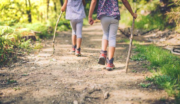 Na všechna místa v článku můžete v pohodě vyrazit s malými i většími dětmi.