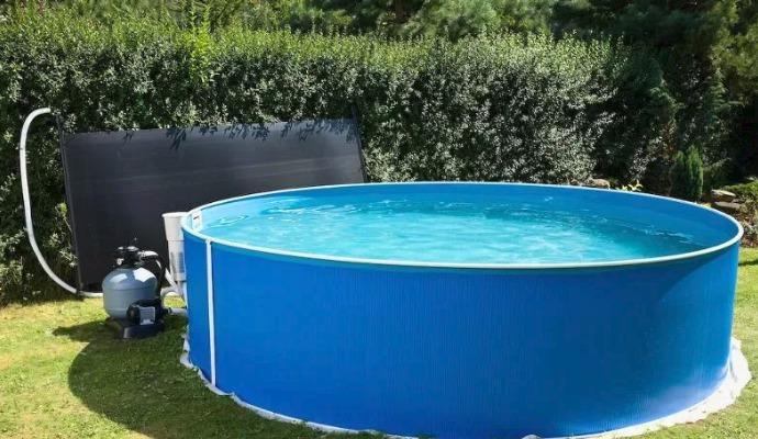 připojte hadici bazénu