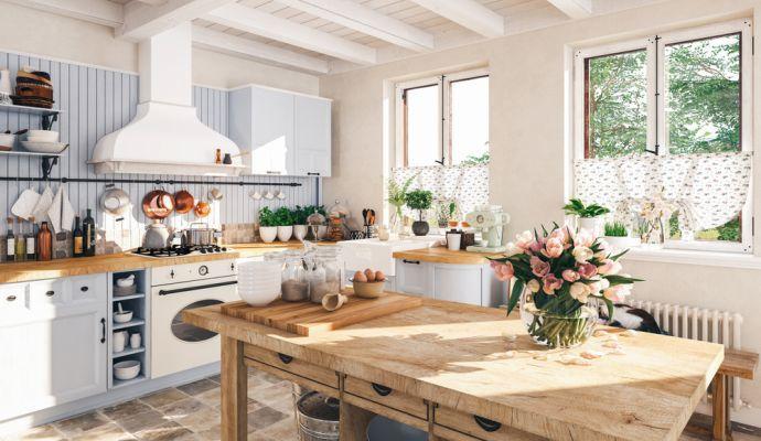 Správná venkovská kuchyně na vás hned na první pohled dýchne atmosférou domova.