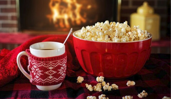 Dělejte si před Vánoci seznam všeho, co vám ještě zbývá udělat. Díky tomu udržíte organizaci svátků pevně ve svých rukou a užijete si i pauzu na pohádku.