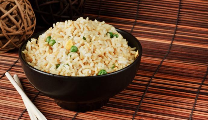 Máte-li rádi jídlo pikantní, přidejte při smažení do pánve ještě nakrájené stroužky česneku.