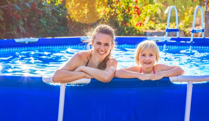 Fóliové bazény s pevnou kovovou konstrukcí nabízí skvělý poměr cena/výkon.