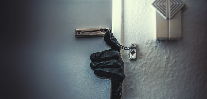 Jak zabezpečit dům či byt proti zlodějům?