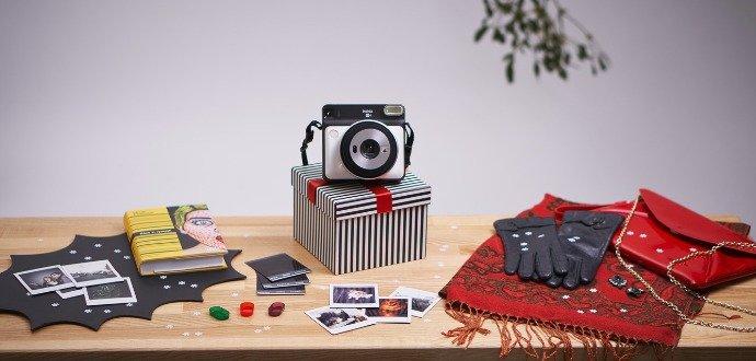Recenze: Fotoaparát Instax SQ6 tiskne krásné momentky i za špatného osvětlení
