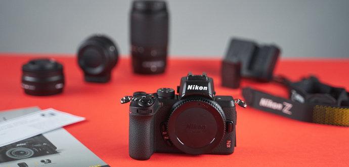 Recenze bezzrcadlovky Nikon Z50: lehký foťák, se kterým pořídíte úchvatné portréty